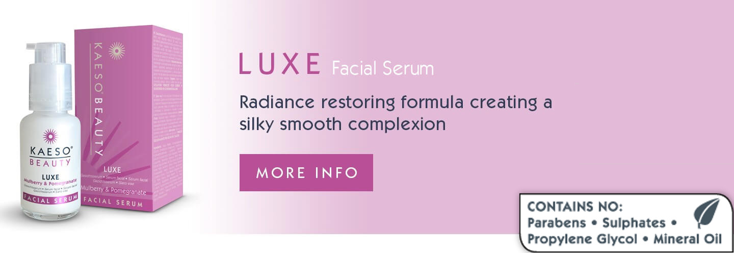 Radiance restoring formula creating a silky smooth complexion.